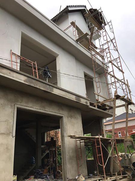 Đà Lạt: Nhà mới dọn vào ở ngay, 93m2, 5 phòng ngủ, đường bê tông 5m.