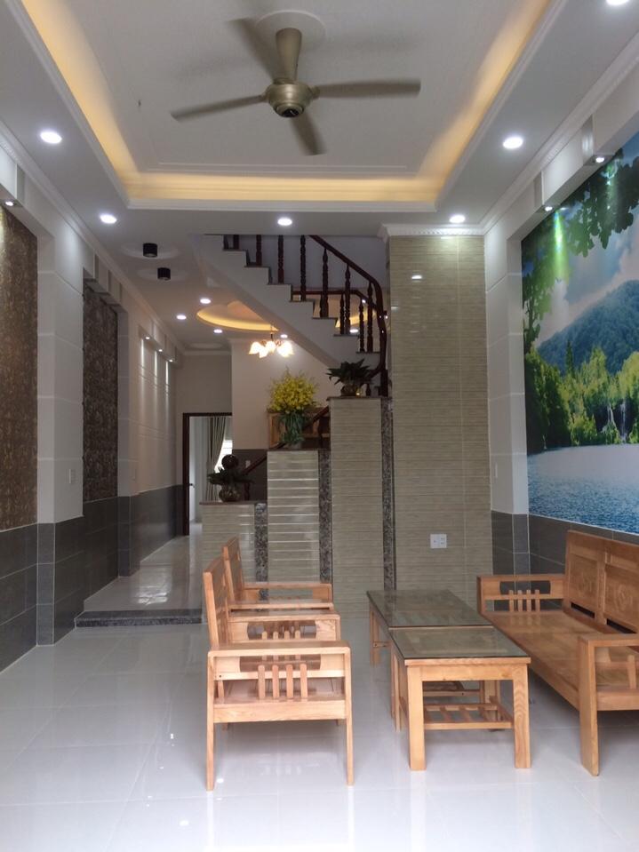 Chính chủ cần bán gấp nhà phố Giáp Nhất, Ngõ rộng oto, giá chỉ 3.4 tỷ.