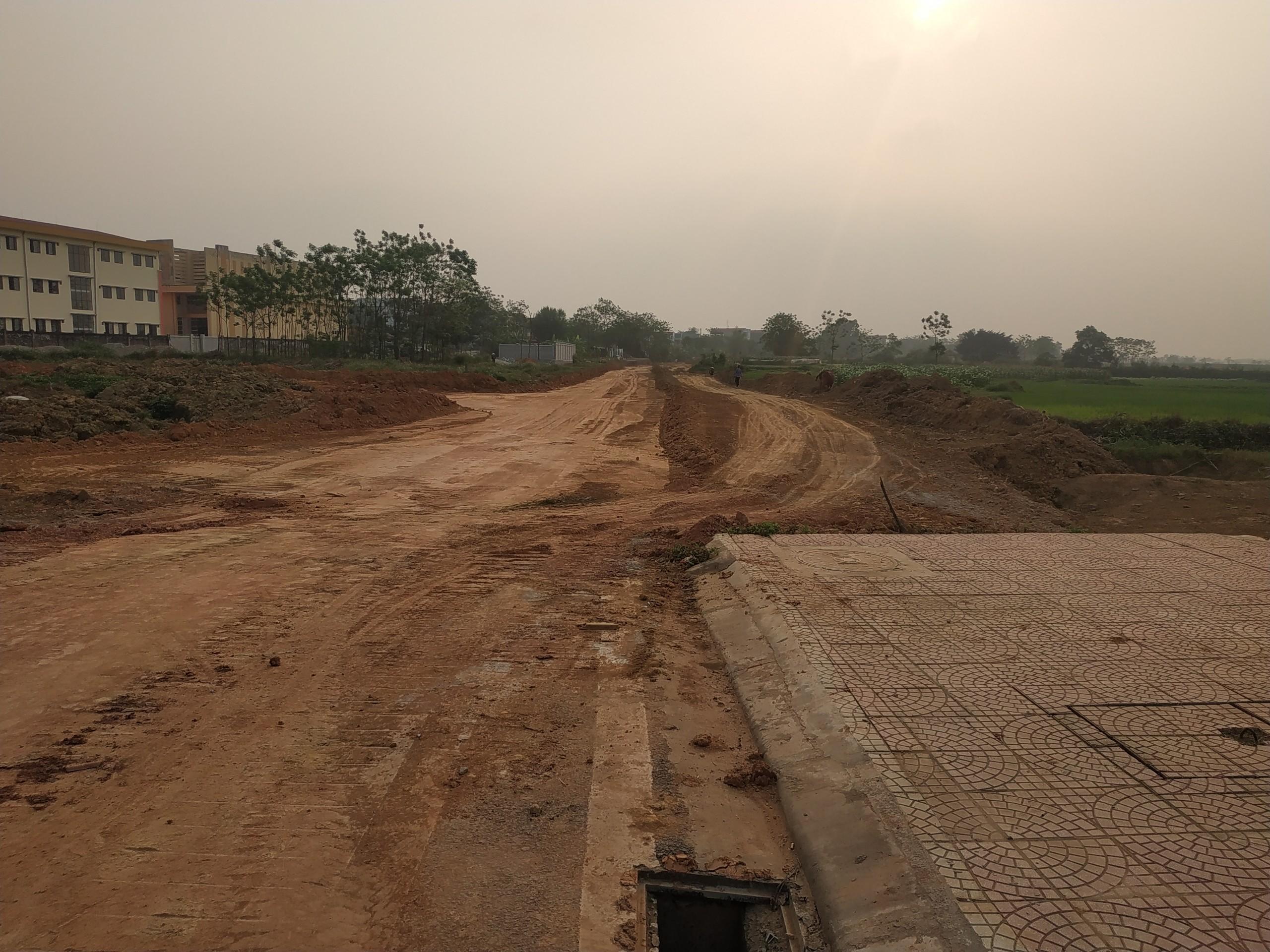Bán lô 300m Tây Nam View Hồ Điều Hoà KĐT Nam Vĩnh Yên. LH 0978.19.49.09