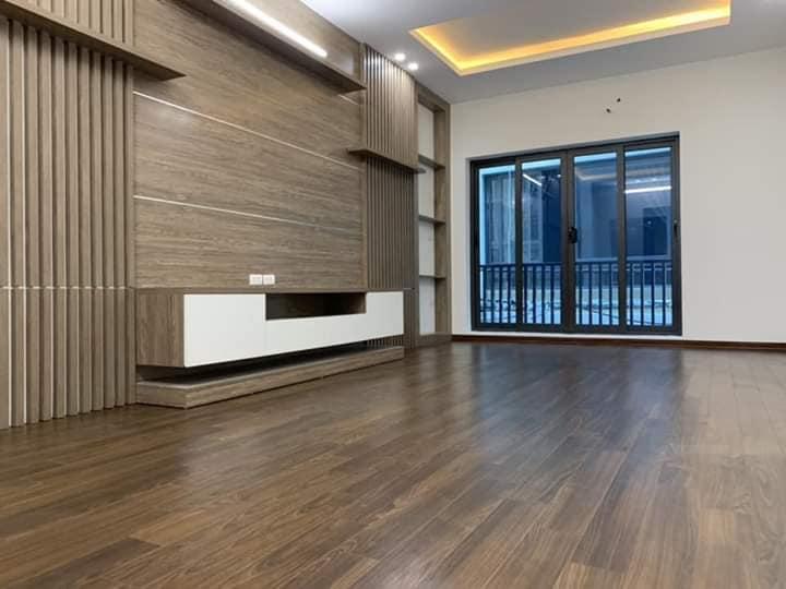 Nhà đẹp Nguyễn Khang 45m2 , xây 5T , giá 6ty , Quận cầu giấy 097 62 75 947