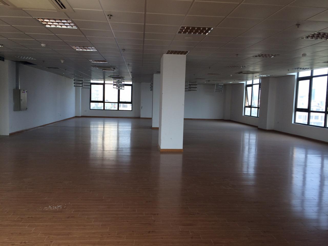 Cho thuê sàn vp 400m2, Tràng An Complex, 11$/m2/tháng