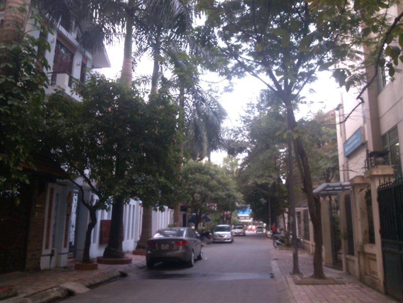 Đất mặt đường Hoàng Hoa Thám, nhà chính chủ, có giấy phép xây dựng