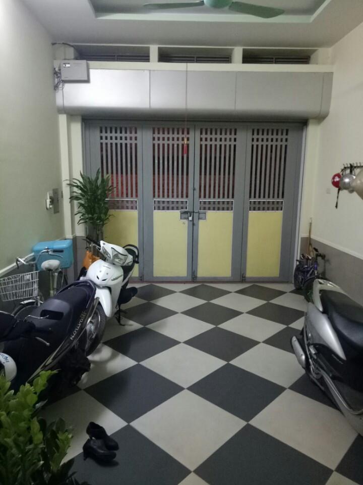 Cho thuê nhà rẻ nhất phố trung hòa, DT 90m 5 tầng giá chỉ từ 42tr