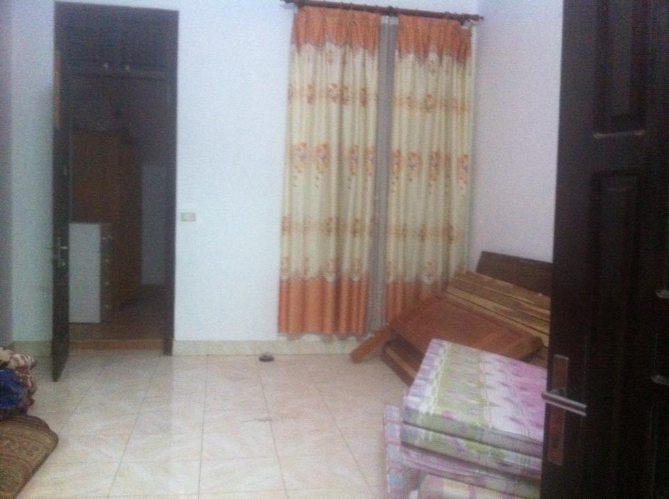Cho thuê nhà 70m2 đường Nguyễn Viết Xuân – Đống Đa – TP Vĩnh Yên. Giá 9/tháng LH: 0986797222