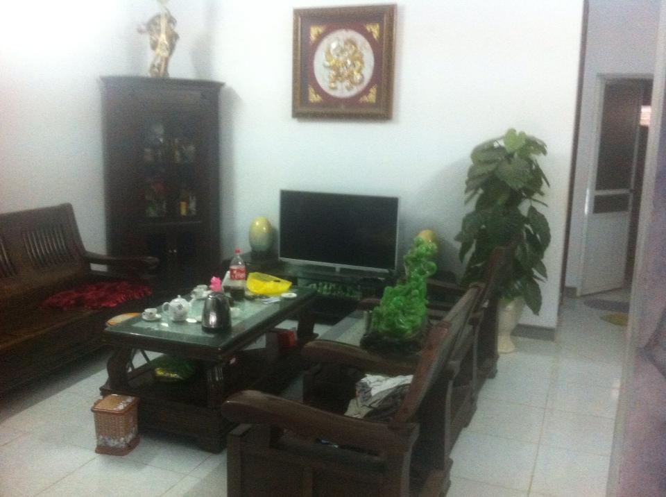 Cho thuê nhà riêng ngõ đường Tôn Đức Thắng- Khai Quang –Vĩnh yên . Giá 10tr/tháng LH: 0986797222
