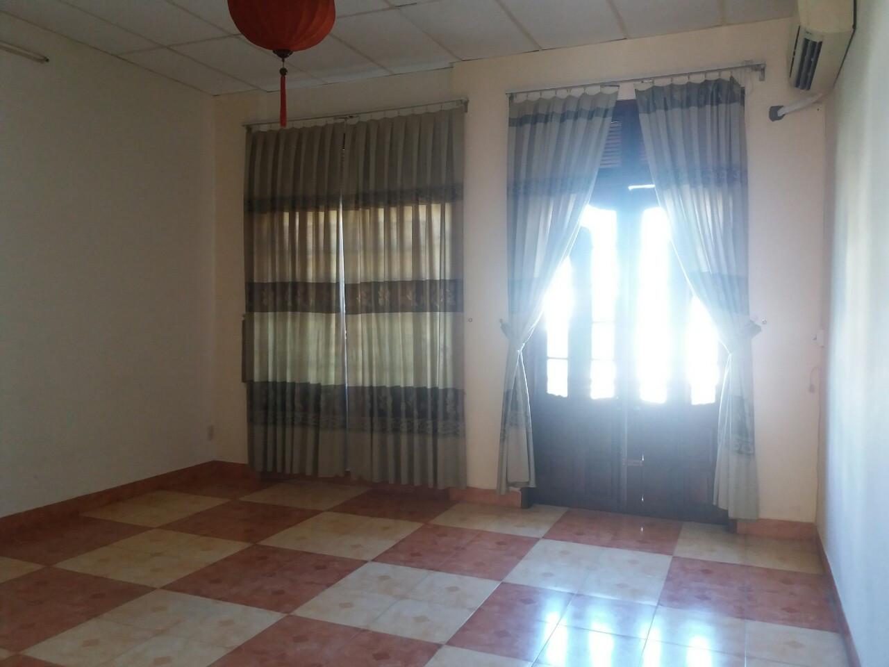 Cần cho thuê nhà nguyên căn mặt tiền đường Phạm Tu, quận Sơn Trà, Đà Nẵng, diện tích 100m2